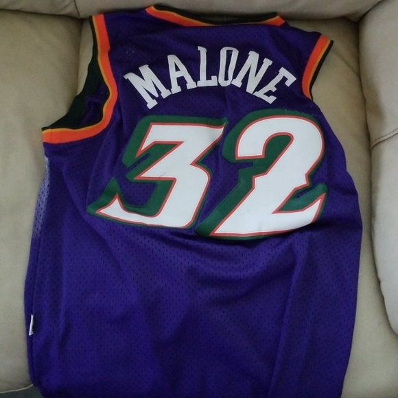 best sneakers 08a3a 502e2 Karl Malone Utah Jazz Throwback Jersey